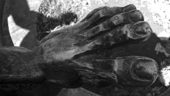 Statue Foot